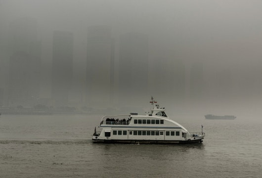 Pollution on the Huang Pu River, Shanghai, China