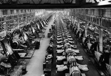 ca. 1939-1945, Stratford, Connecticut, USA --- Airplane factory in Stratford, Connecticut, World War II, which produced over 6,000 Corsairs- fighter planes with fold-up wings for use on board aircraft carriers. --- Image by © Bettmann/CORBIS