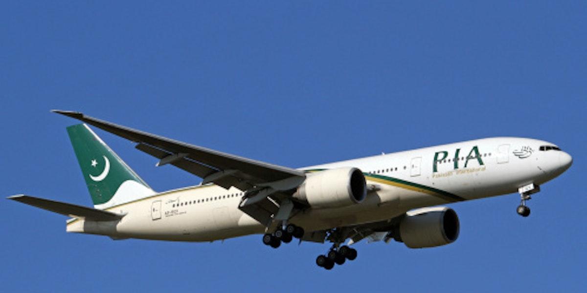 Pakistan International Airlines Boeing 777-200LR