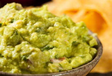 Green Homemade Guacamole with Tortilla Chips