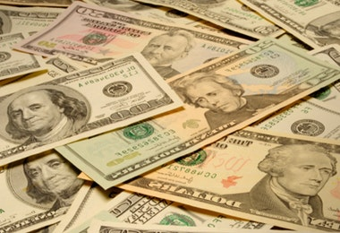 American banknotes of various denominations