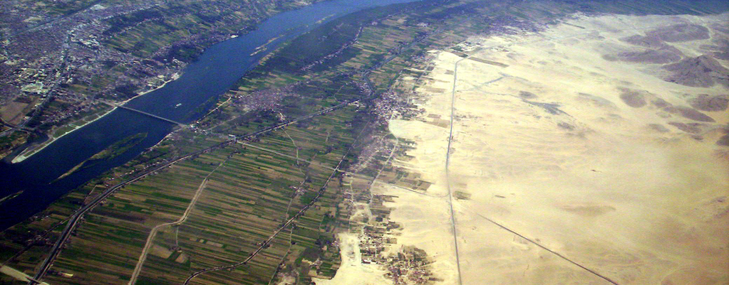 Irrigation canals have opened dry desert areas of Egypt to agriculture. Source: Flickr.