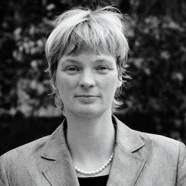 Porträt Prof. Dr. Cilja Harders