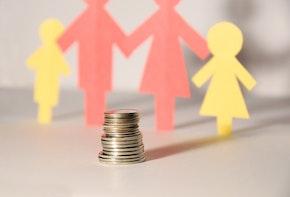 A Paper Family saving money