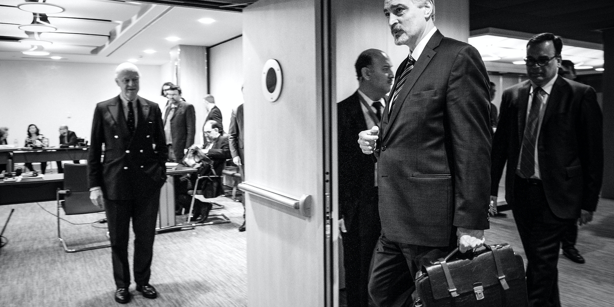 Dr Bashar Al Jaafari, Head of the Syrian Arab Republic delegation and Permanent Representative to the United Nations, New York arrives at a bilateral meeting with Staffan de Mistura, United Nations Special Envoy for Syria during the Intra-Syrian talks, Geneva. 30 March 2017. UN Photo / Violaine Martin