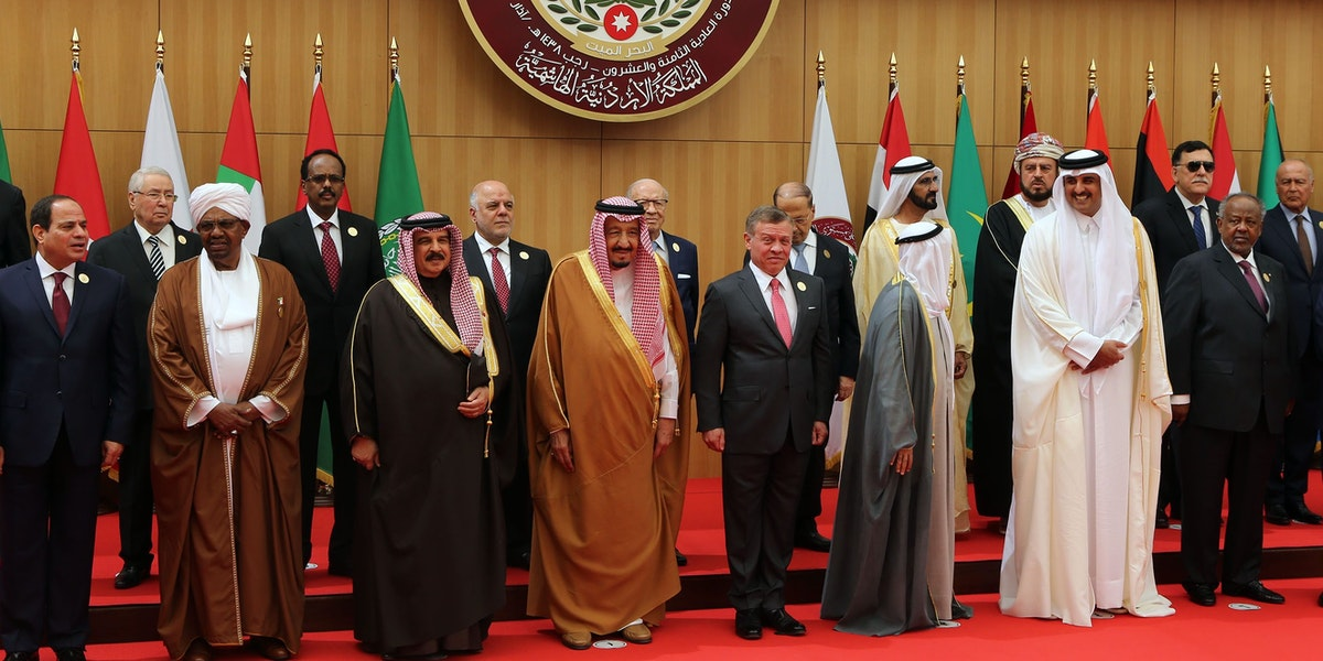 DEAD SEA, JORDAN- MARCH 29: Arab leaders pose for a group photo during the Arab League summit in the Jordanian Dead Sea resort of Sweymah, Jordan, March 29, 2017. Arab leaders are set to meet in Jordan for their annual summit with no expected breakthrough on resolving conflicts or 'terrorism' in the region. ( Photo by Jordan Pix/ Getty Images)