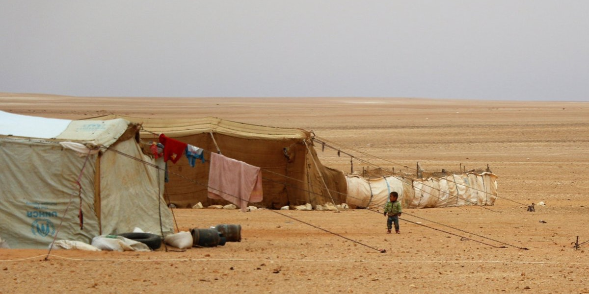 6d4f6f7551a Blame Game over Syrians Stranded in the Desert