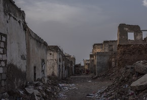 MOCHA, YEMEN - SEPTEMBER 22: Buildings lay in ruins on September 22, 2018 in Mocha, Yemen. The city was retaken from Houthi rebels in early 2017, part of Yemen's Saudi-led coalition-backed military campaign that has moved west along Yemen's coast. (Photo by Andrew Renneisen/Getty Images)
