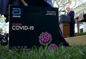 WASHINGTON, DC - MARCH 30: U.S. President Donald Trump speaks in the Rose Garden after introducing a new point-of-care COVID-19 test kit developed by Abbott Labs at the White House on March 30, 2020 in Washington, DC. The United States has updated its guidelines to U.S. citizens to maintain current social distancing practices through the end of April after the number of reported coronavirus (COVID-19) deaths doubled to over 2,000 nationwide within two days. (Photo by Win McNamee/Getty Images)