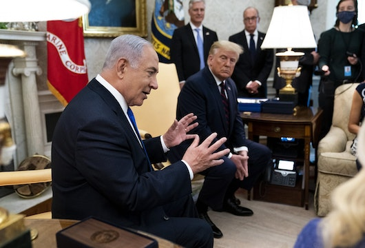 WASHINGTON, DC - SEPTEMBER 15: U.S. President Donald Trump and Prime Minister of Israel Benjamin Netanyahu participate in a meeting in the Oval Office of the White House September 15, 2020 in Washington, DC. Netanyahu is in Washington to participate in the signing ceremony of the Abraham Accords.  (Photo by Doug Mills/Pool/Getty Images)