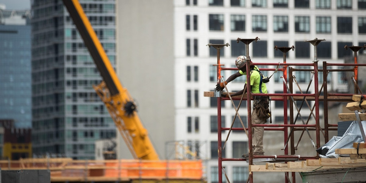 NEW YORK, NY - AUGUST 16: A construction laborer works on the site of a new residential building in the Hudson Yards development, August 16, 2016 in New York City. Home construction in the U.S. accelerated in July to the fastest pace in five months. While housing starts were up 2.1 percent nationally, new construction was up 15.5 percent in the Northeast, led by a surge in new apartment and condo construction. (Photo by Drew Angerer/Getty Images)